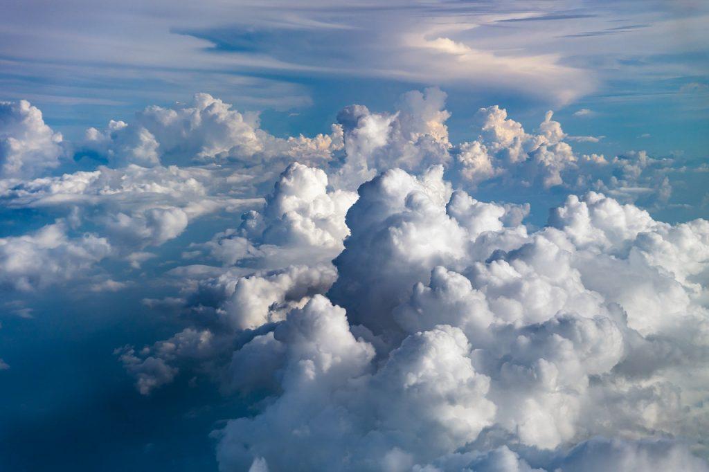 clouds-2085112_1280